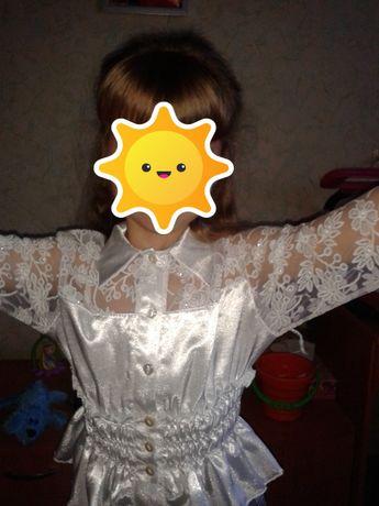 Белая блуза, на 6-7 лет, состояние идеальное