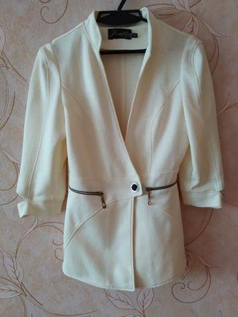 Піджак жіночий. Розмір 42-44