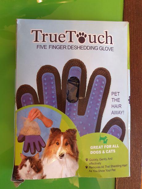 Перчатка для чистки от шерсти