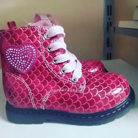 Ботинки на девочку на флисе 23размер 14 см