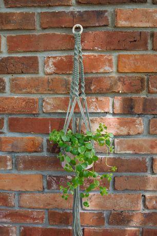 Kwietnik wiszący makrama zielony szałwiowy różowy ze sznurka handmade