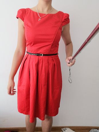 Czerwona sukienka Dorothy Perkins r. S