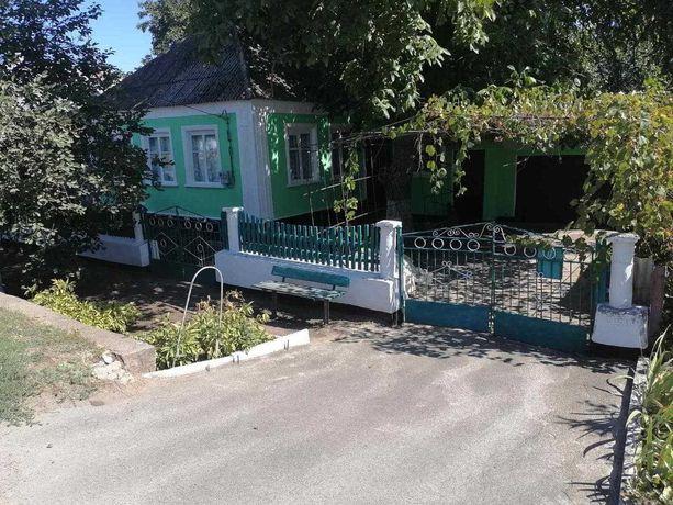 Продам дом на п.г.т.Широкое