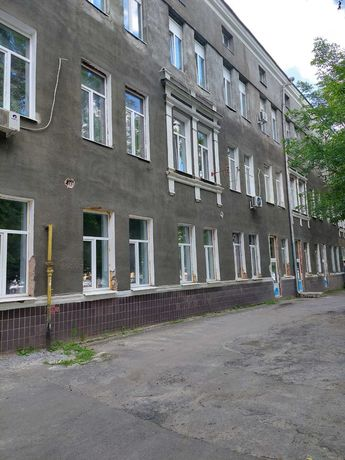 Продам помещение в нежилом фонде по Московскому пр-ту