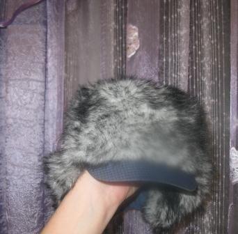 Продам шапку зимняя на ребенка на меху