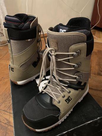 сноубордичні черевики DC Mutiny