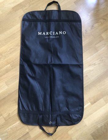 Pokrowiec na ubrania czarny nowy Marciano Guess