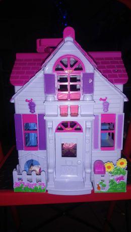 Складной кукольный домик