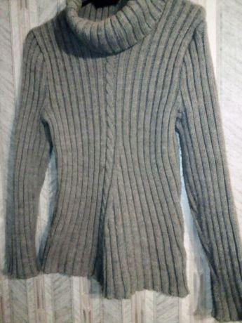 Sweterek golf dziewczęcy szary