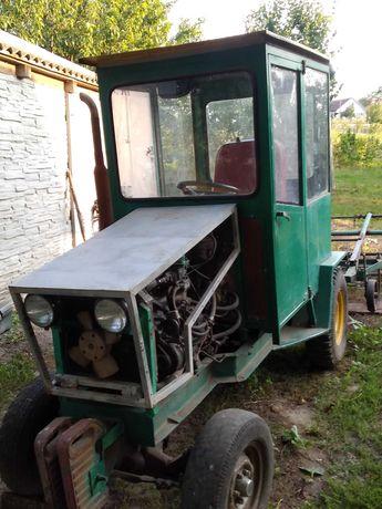 Саморобний  повнопривідний трактор