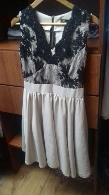 sukienka z koronką midi