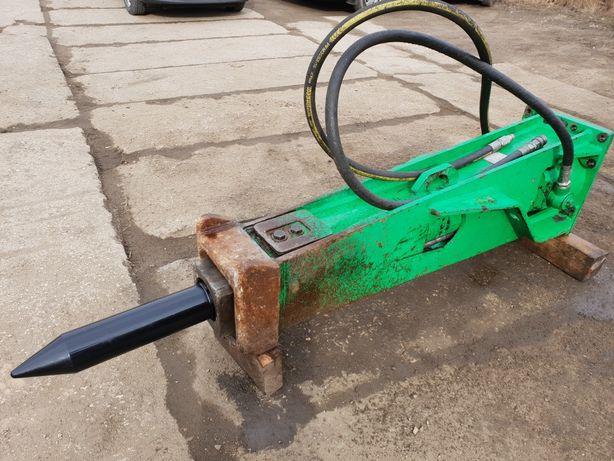 Młot hydrauliczny Montabert BRH750 waga 1400 kg