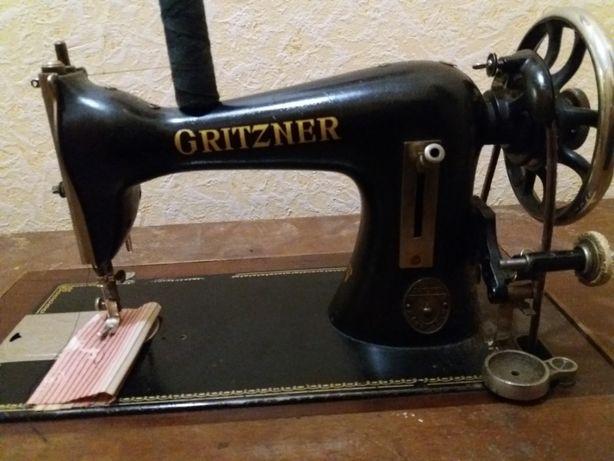 Швейна машинка Gritzner