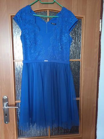 Chabrowa sukienka z koronką-Włoska