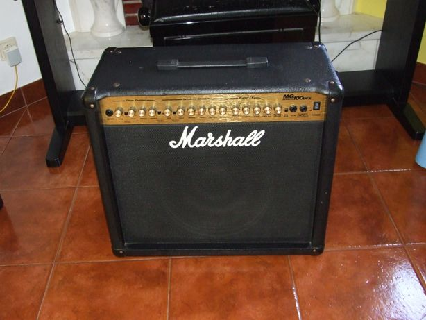 Amplificador de Guitarra Marshall MG 100 DFX