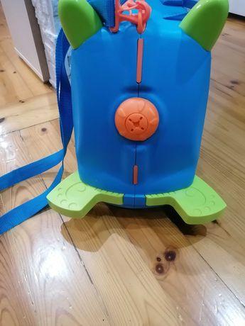 Jeżdżącą walizka