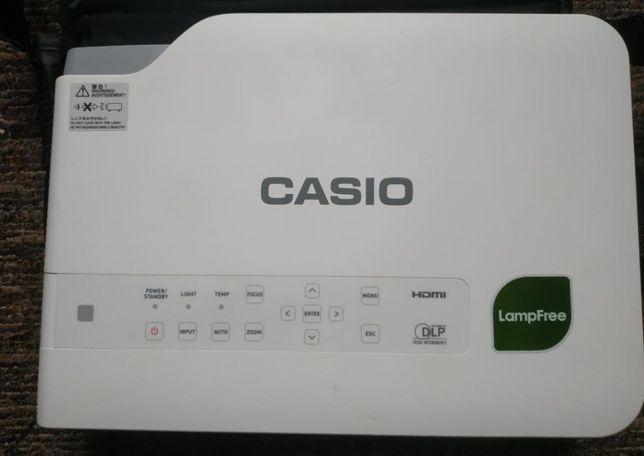 """Projektor Casio XJ-A252 (0 godzin pracy) w cenie kurier """"ostrożnie"""""""