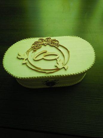 Pudełko na obraczki