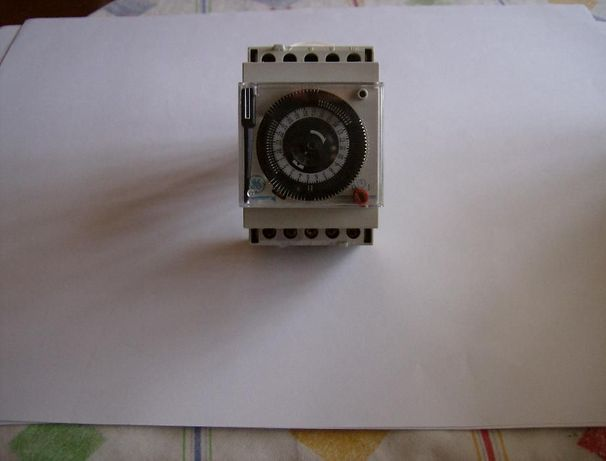 Relógio de montra General Eletric