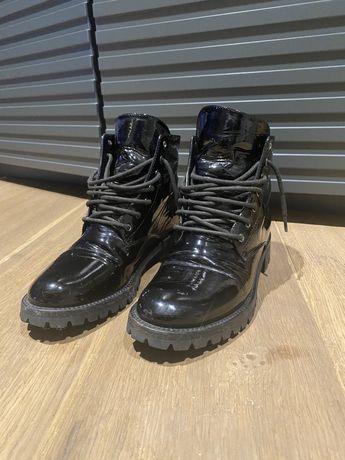Ботинки весенние 37 размера