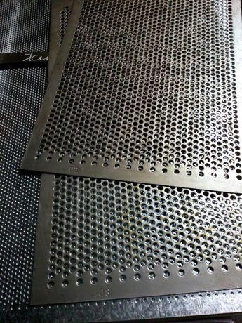 Решета к дробилкам ДДМ 500х1575 мм Толщина 1,5;2,0;3,0 мм.Молотки Гост