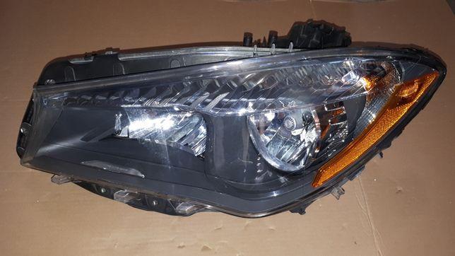 Lampa reflektor Mercedes CLA W117