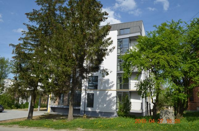 Продаж 2 к квартири преміум класу в Моршині