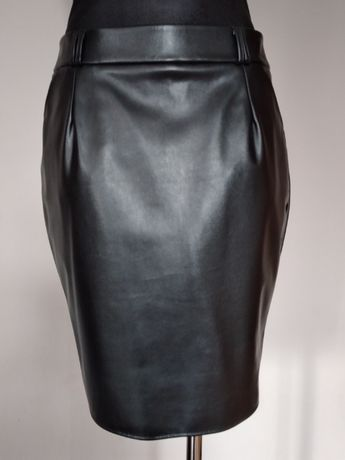 Czarna spódnica skaja M 38
