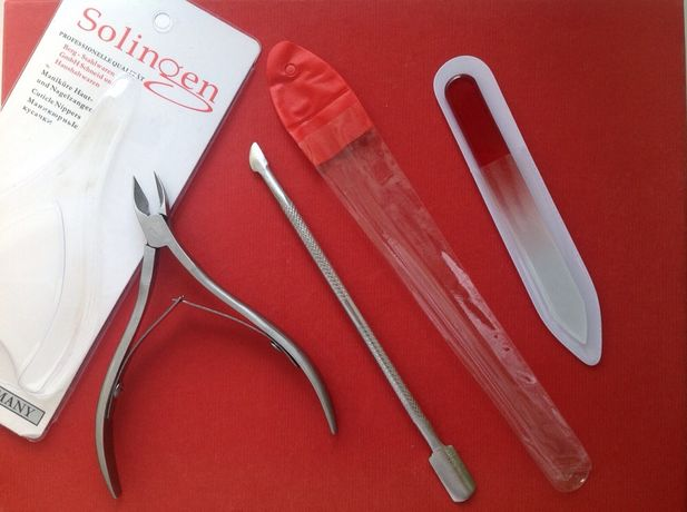 Маникюрный набор кусачки пилка пушер лопатка кутикулы щипчики ногтей