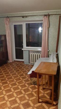 Продам 1 комнатную квартиру ул. Универсальная