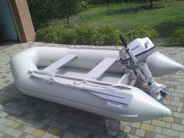 лодка Haris+мотор Honda 5л.с.(4-х тактный)