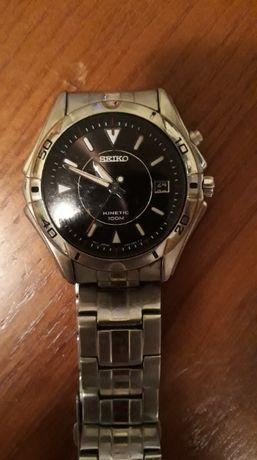 Zegarek Seiko Kinetic