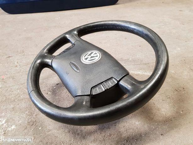 Volante VW GOLF - BORA em pele com airbag e comandos