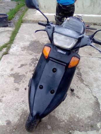 Скутер YAMAHA продаю с целю купить новий