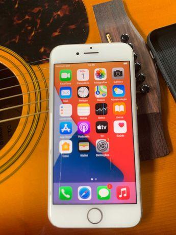 iPhone 8 / 64Gb / Branco