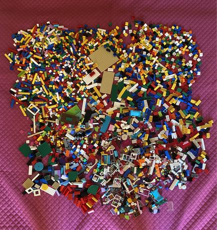 3 kg de legos ( classic e friends )