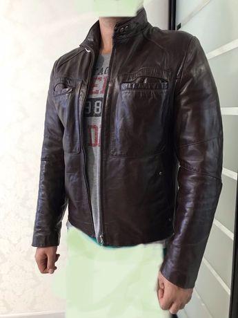 Лаковая натуральная кожанная куртка!!Обмен!