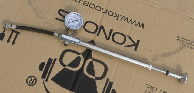 Насос высокого давления для вилок и амортизаторов Shock Pump