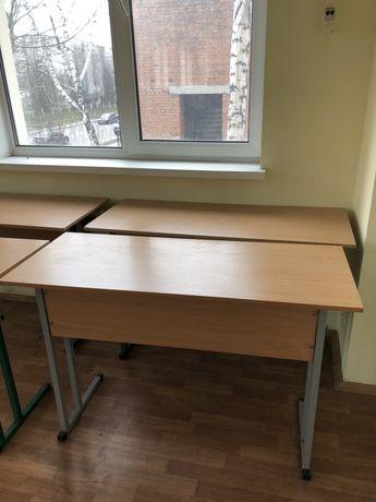 Продам шкільну парту , учительский стіл , дошку , трибуну