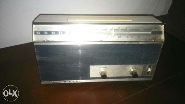 Rádio antigo grundig transonette
