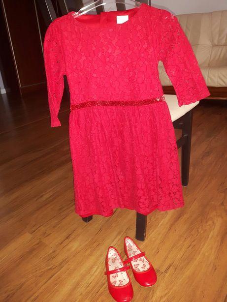 Sprzedam śliczna sukienkę z metki 7-8 lat ale myśle ze 5-6 lat