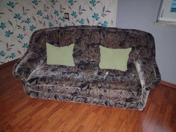 Sofa czarna w wzorki
