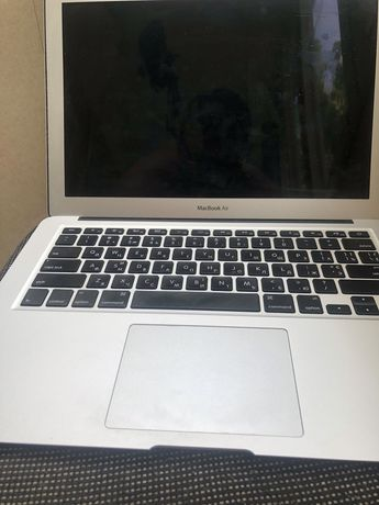 MacBook Air 13'' 2015 i5/4gb/128gb