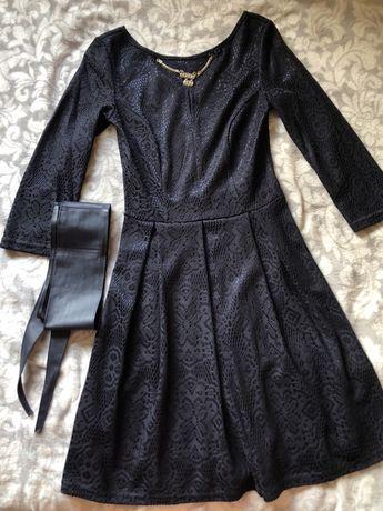 Сукня в новому стані / платье