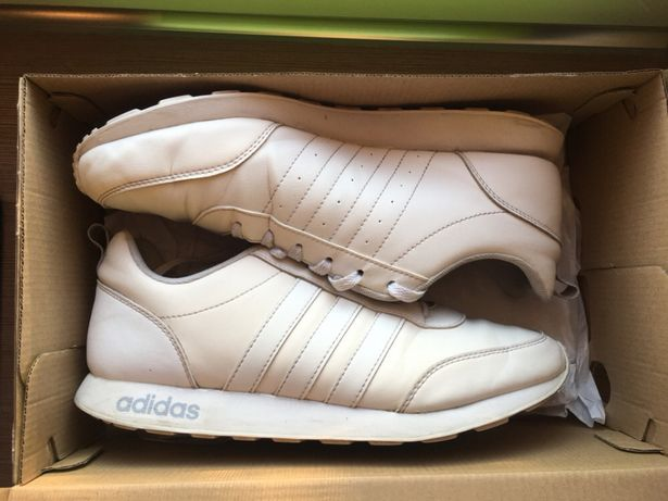 ОРИГИНАЛЬНЫЕ кроссовки Adidas Neo, 40 размер, кожа