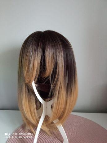 Peruka ombre BOB z grzywką średni blond