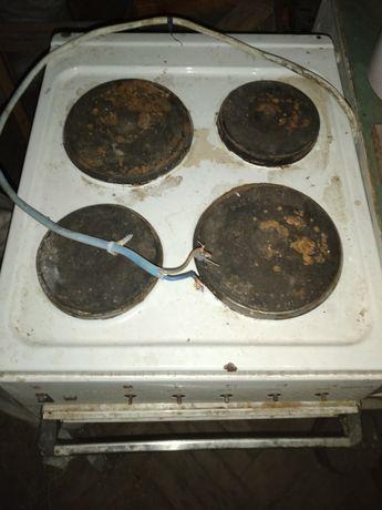 Старая электрическая плита