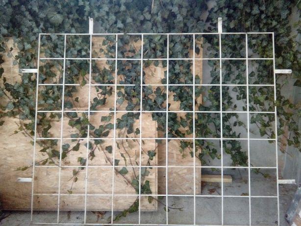 Krata metalowa na drzwi i okno