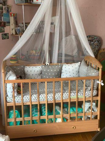 Детская кроватка, состояние новой.