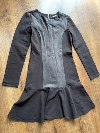 Brązowa jesienna sukienka długi rękaw S jak nowa falbanka na dole